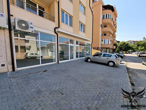 Под наем 105кв. помещение+склад 25кв магазин,студио,салон в Асеновград