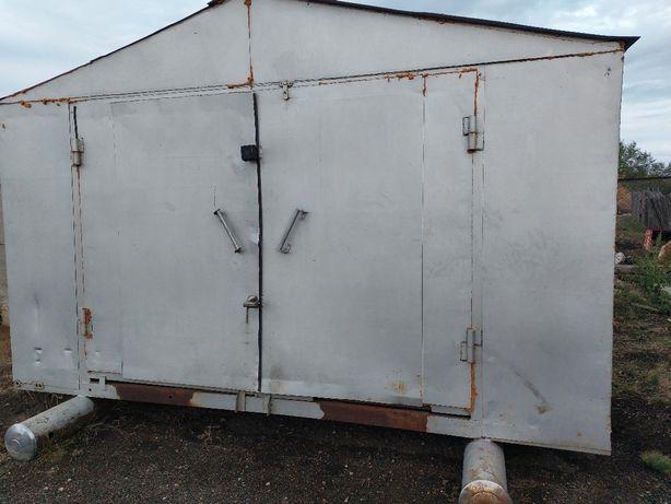 Продам железный мобильный гараж
