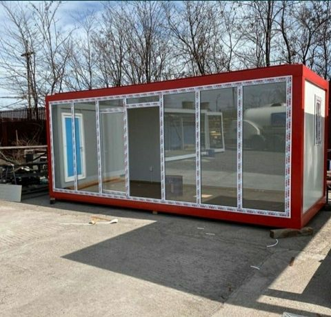 Container vitrină