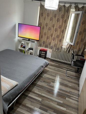 Camera camin moderna cu baie 1Mai