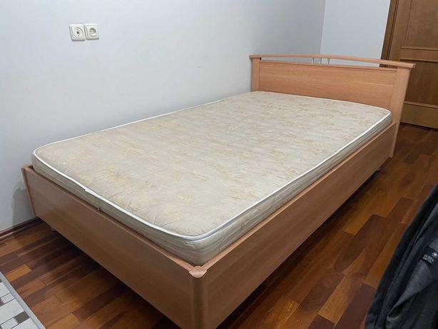 Спальный кровать в отличном состояний за дёшево !!!