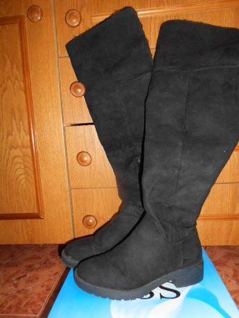 Високи дамски ботуши чизми - нови
