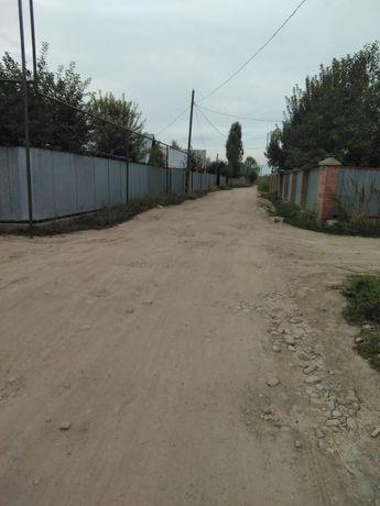 Продам участок 7,4 сотки недалеко от Первомайских прудов