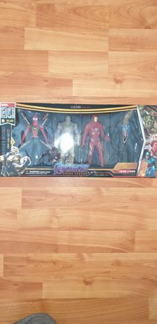 Set 4 Figurine SuperEroi Avengers - SpiderMan , Thanos , IronMan , Bla