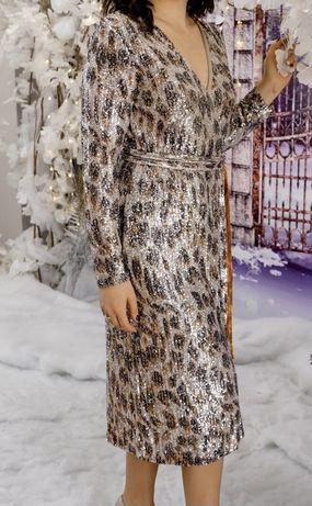 Вечернее платье от бренда Gizia
