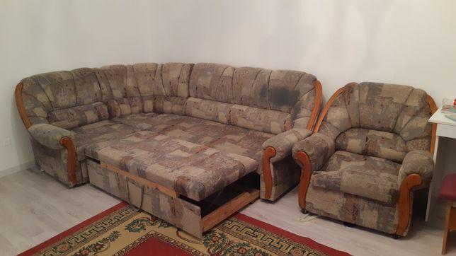 Продам диван угловой+кресло