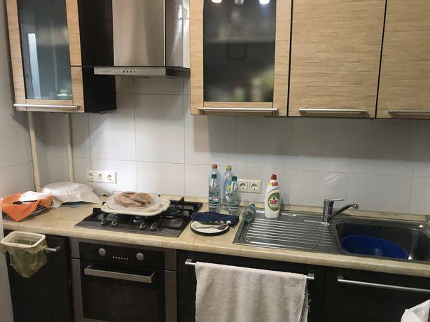 кухонный гарнитур - кухня вместе с бытовой техникой - кухня техника