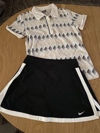 Екип за тенис на корт
