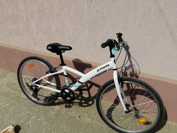 Vând bicicletă Btwin 24 inch