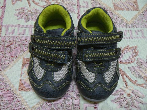 Обувки mothercare