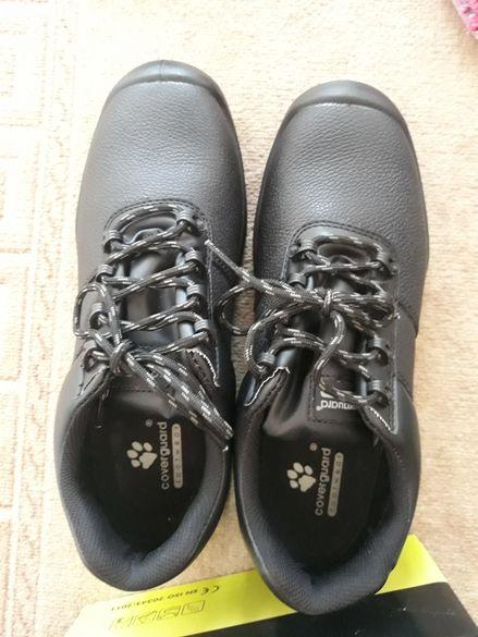 Работни предпазни обувки