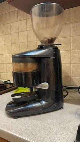 Кофемолка профессиональная