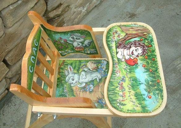 Рисувано детско сгъваемо столчè за хранене