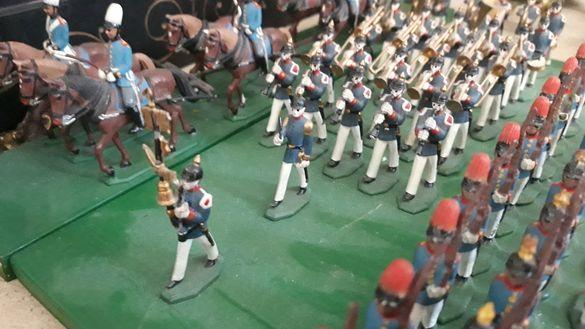 САМО ЗА КОЛЕКЦИОНЕРИ. Оловни войници (армия,ескадрон,духов оркестър)