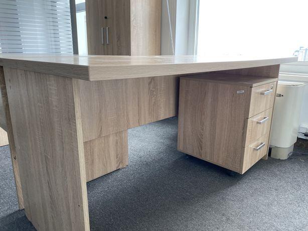 Продается стол с тумбочкой в отличном состоянии