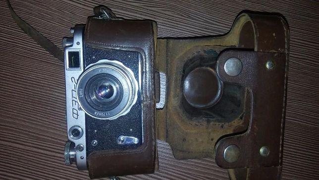 Продма фотоаппарат ФЭД-2 в отоичном рабочем состоянии.