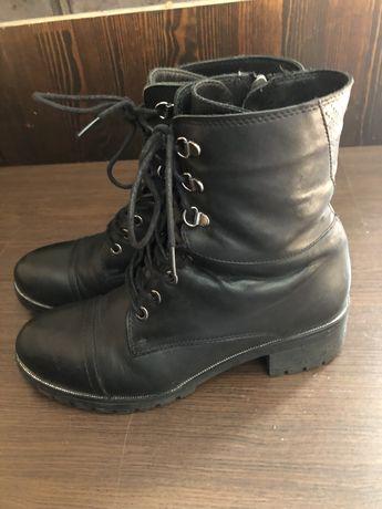 Зимние натуральные  ботинки 40