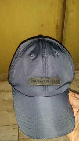шапки trussardi и ralph lauren