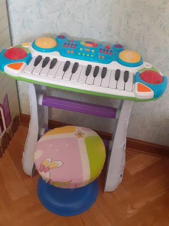 Продам пианино на батарейках