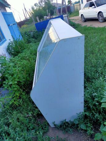 Продам холодильник ветрину