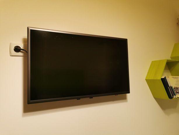 Samsung Smart TV 81cm - Televizor Full HD, Tizen Os