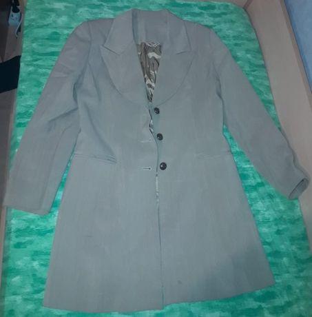 Хитово ретро сако с триредно закопчаване, произведено в България!
