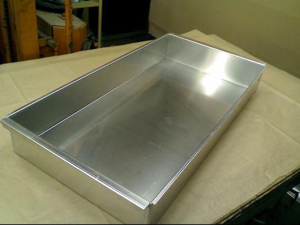 Тава алуминиева голяма за печене на агнета,прасета,дивеч и ЛЮТЕНИЦА
