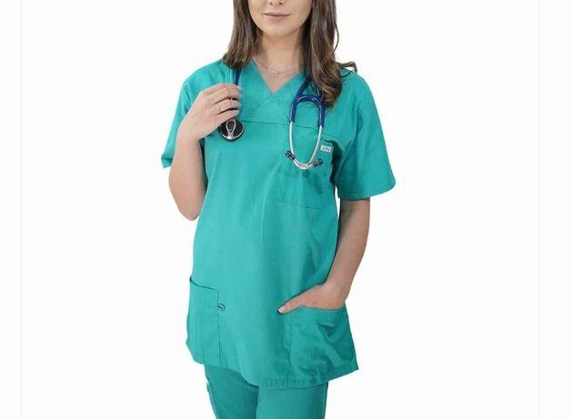 Costum medical culoarea verde