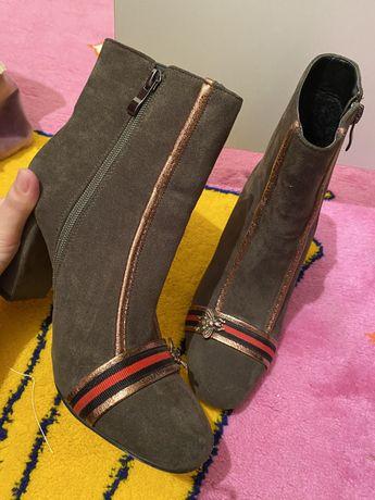 обувь под «gucci»