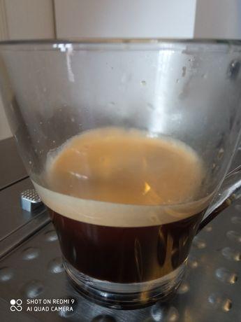 Mașina de cafea DeLonghi