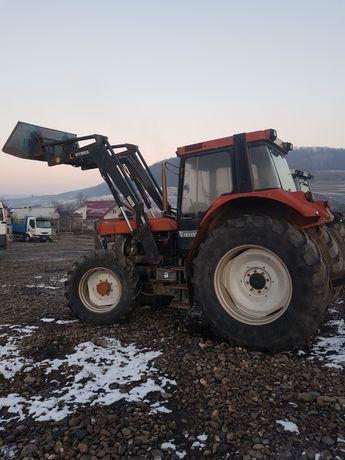 Dezmembrez Tractor Internațional 1255 XL cu Încărcător Frontal