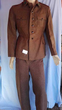 Войнишки клинове вълнени куртки и пантолони