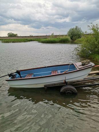 Vând barca+peridoc