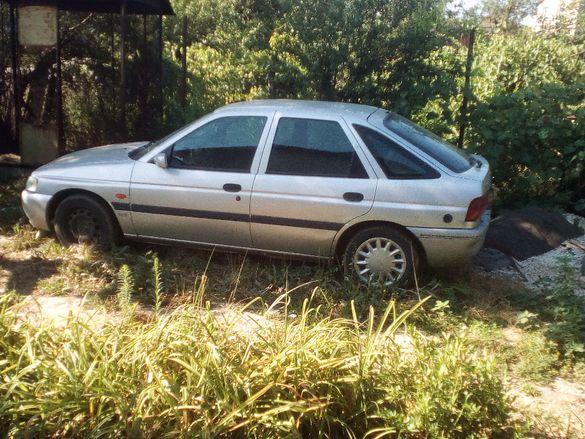 Форд Ескорт - 1996г, бензин-1,4, на части. КАТАЛИЗАТОРА е ПРОДАДЕН