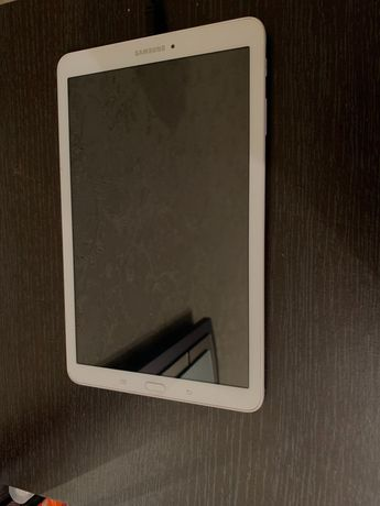 Samsung Планшет Tab E