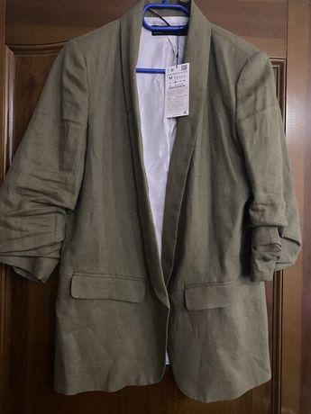 Женский пиджак фирмы ZARA