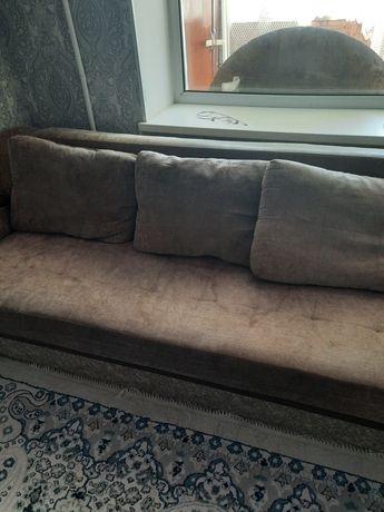 Продам диван бу.