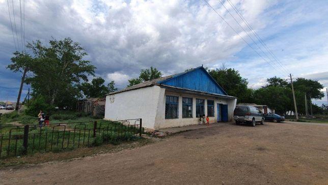 Продам дом/магазин с участком в центре п. Шубары