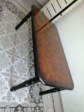 Стол для гостей 65