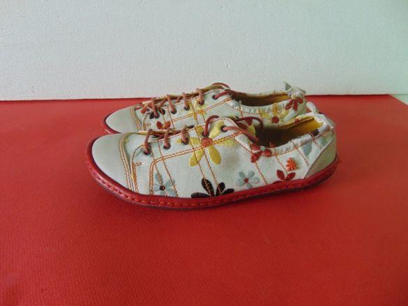 НОВИ Art номер 37 Оригинални дамски обувки
