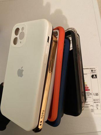 Продам очень много чехлов на Айфон 11 Pro