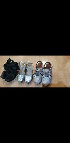 Продам кроссовки, сандали