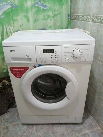 Продаётся стиральная машина, б/у, в хорошем состоянии, рабочая.