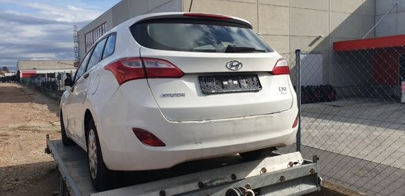 Hyundai i30 1.6CRDI - 2013г.