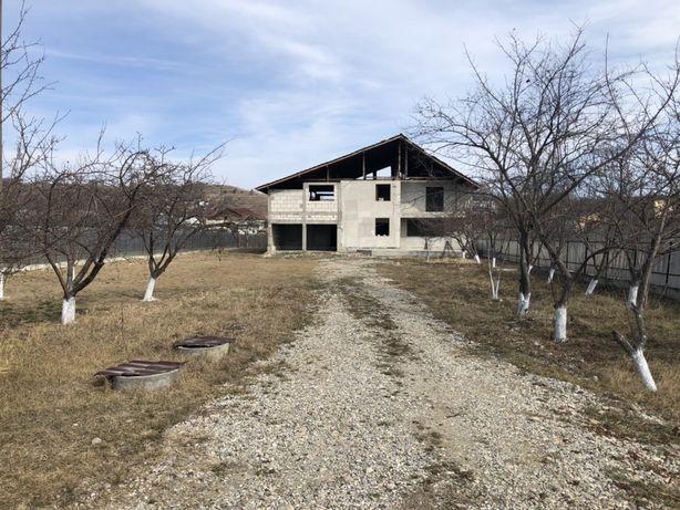 Vand casa Targoviste,Valea Voievozilor,434mp,1500mp teren,sau schimb!