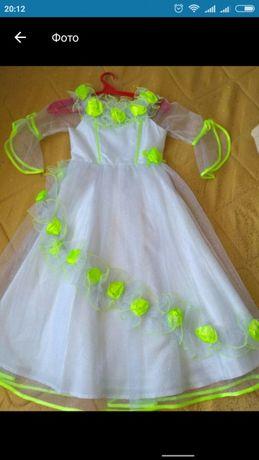 Платье для девочек возрост 6;7;8 лет