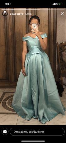 Вечернее платье, размер S-М, на корсете. 14000