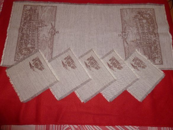 НОВ комплект покривка и салфетки - Полски, неопотребявани