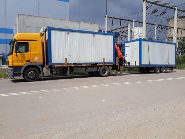 Camion cu macara - containere / marfuri