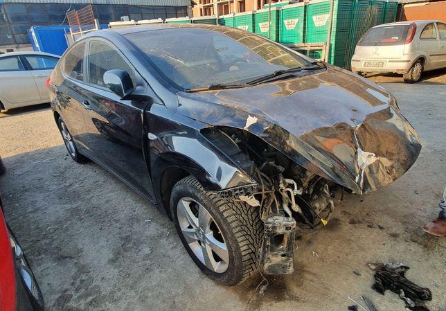 Dezmembrez Hyundai Elantra 2012